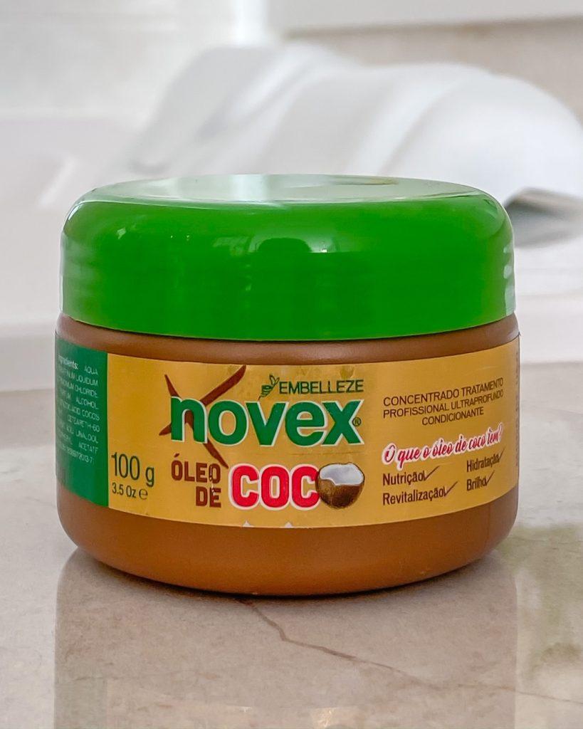 creme de tratamento novex óleo de coco em embalagem de viagem com 100 gramas.
