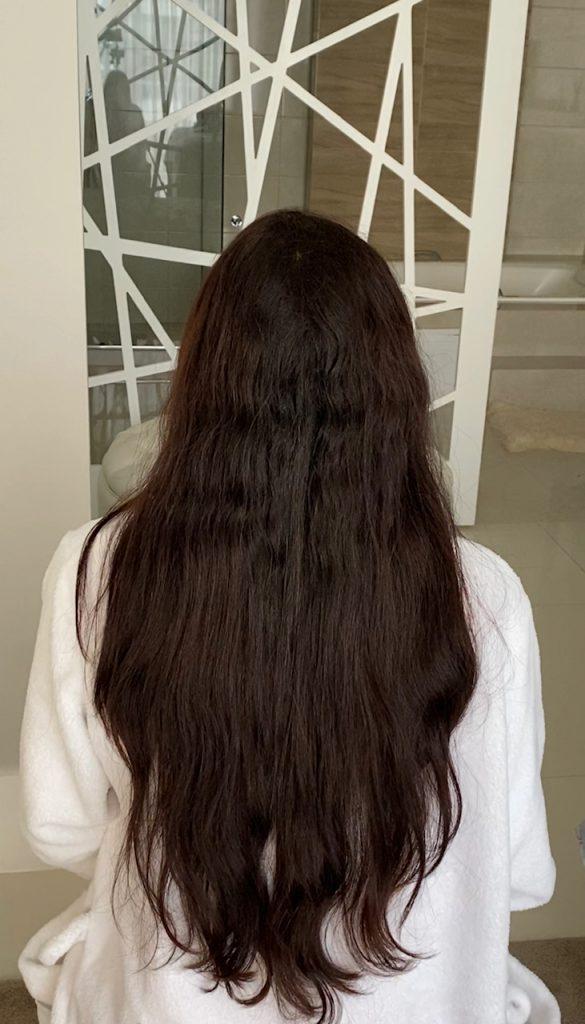 cabelo antes da aplicação do creme alisante hairlife liso e natural